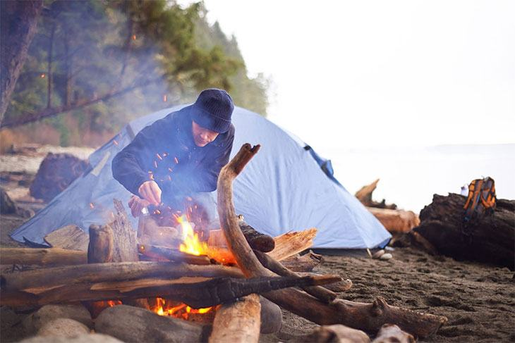 how to keep warm when camping in a tent