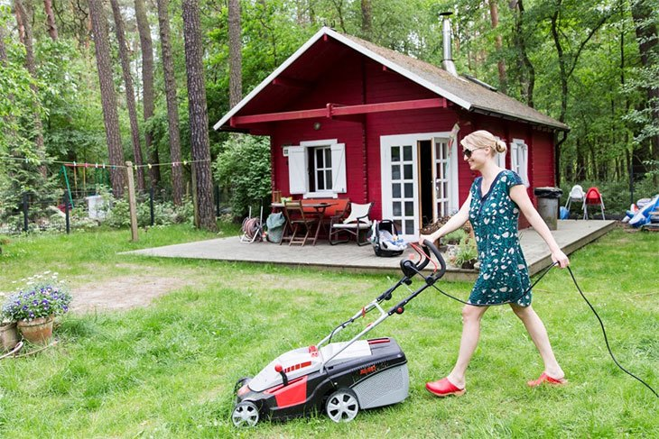 best petrol lawn mower on the market