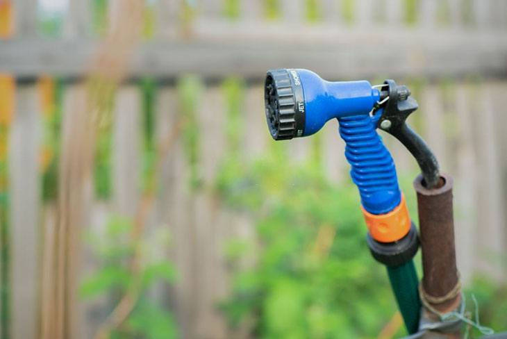 best airless sprayer for fence stain